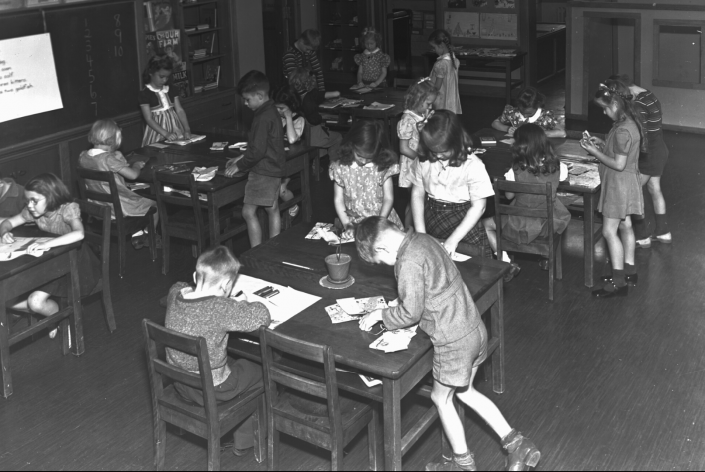 1940-1950 - Students in P.K. Yonge Elementary Classroom