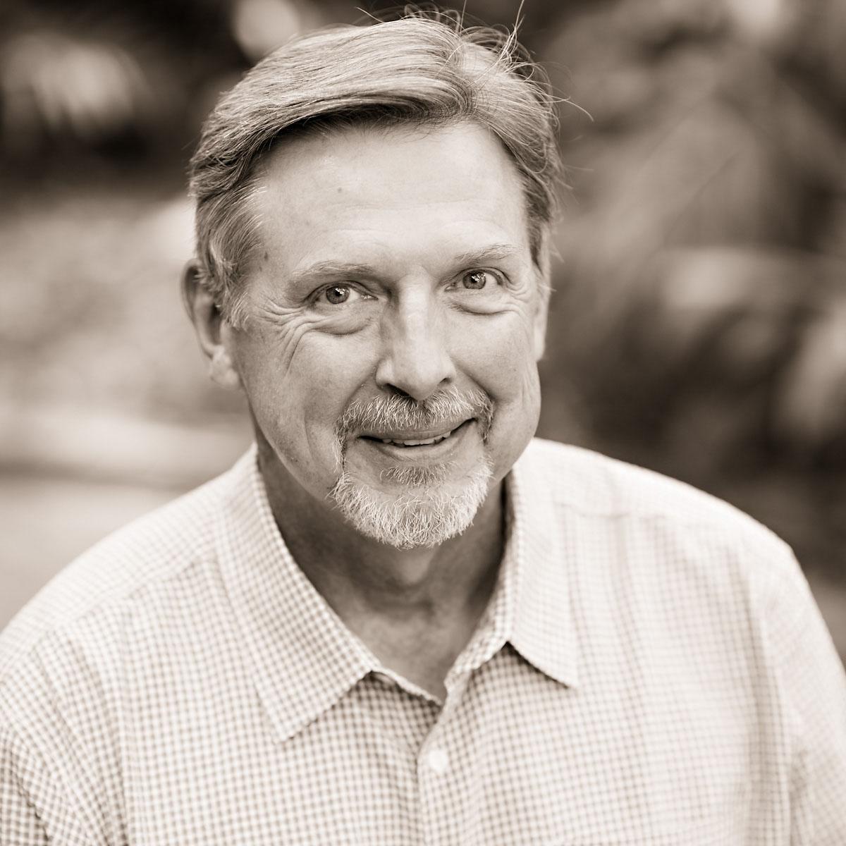 Dr. Paul Sindelar