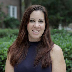 Lori Dassa headshot